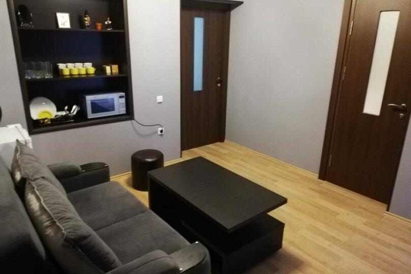 Inauri sahli, 90 кв.м. на 8 человек, 4 спальни, Улица Марткопская, 6А, Тбилиси - Фотография 2