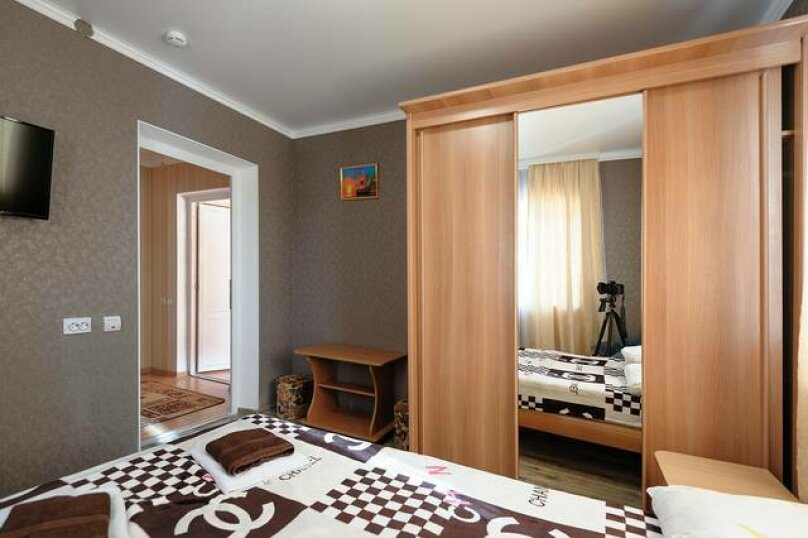 """Гостевой дом """"Сюзанна"""", Ново-Западная улица, 36 на 39 комнат - Фотография 87"""