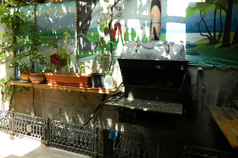 Дом  с мангалом и виноградной беседкой без подселения посторонних., 86 кв.м. на 6 человек, 2 спальни, Горького, 42А, Ялта - Фотография 6