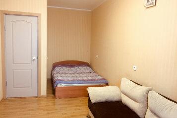 1-комн. квартира, 33 кв.м. на 4 человека, Комсомольская улица, 63, Киров - Фотография 2