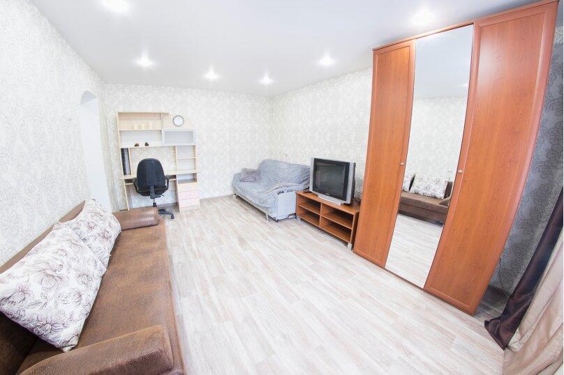 1-комн. квартира, 35 кв.м. на 4 человека, улица Чапаева, 19/27, Саратов - Фотография 4