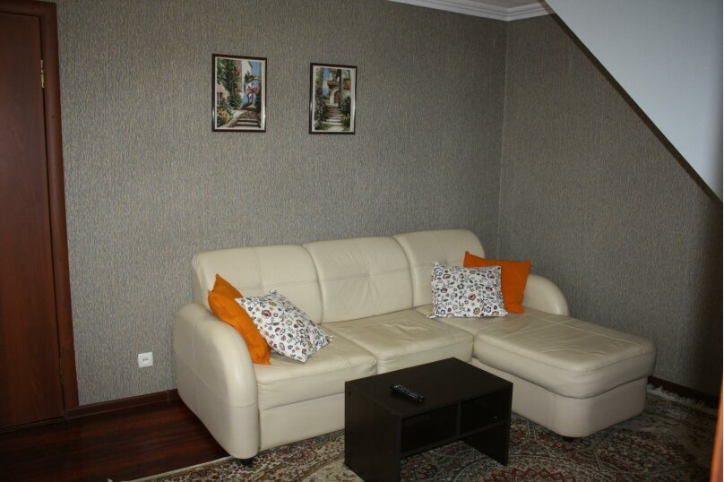 2-комн. квартира, 30 кв.м. на 4 человека, улица Гагарина, 11, Кисловодск - Фотография 1