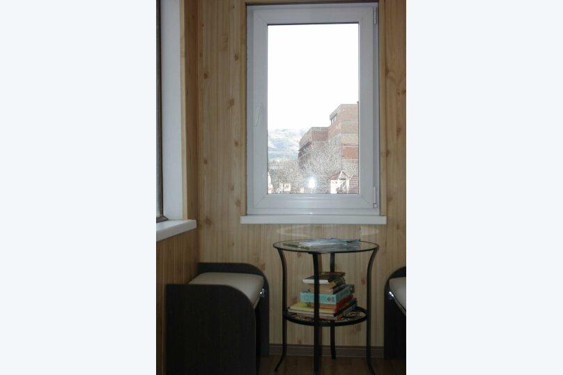 2-комн. квартира, 45 кв.м. на 5 человек, улица Гагарина, 11, Кисловодск - Фотография 3