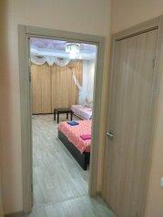 1-комн. квартира, 52 кв.м. на 3 человека, улица Филиппа Лукина, 6, Чебоксары - Фотография 3