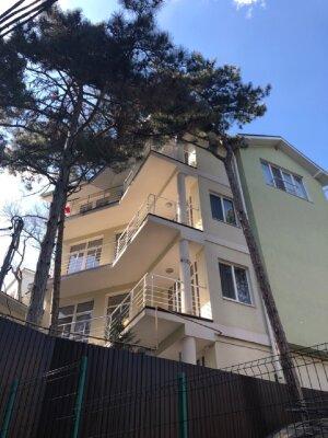 Дом с пятью спальнями, 300 кв.м. на 10 человек, 5 спален, Алупкинское шоссе, 40Е, Гаспра - Фотография 1