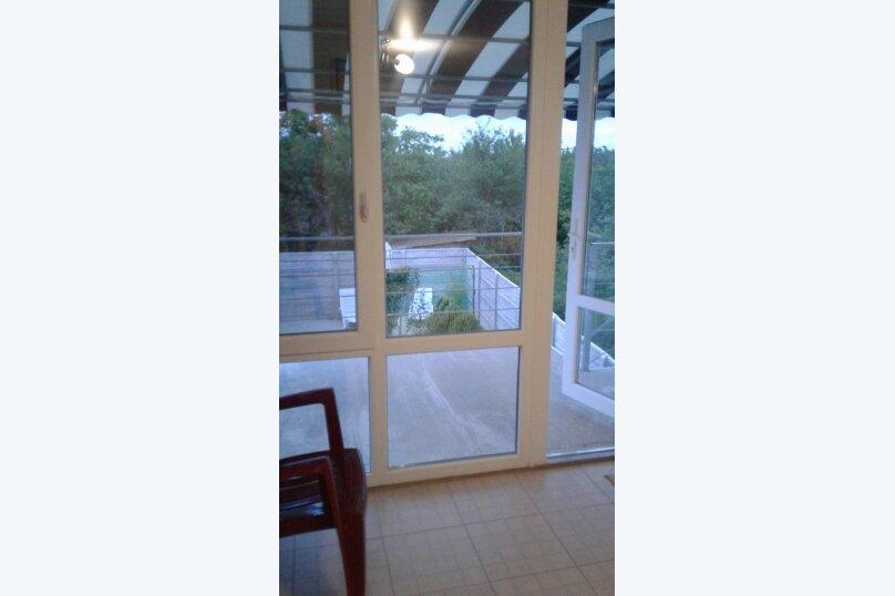 """Гостевой дом """"Кипарис"""", Камышовая улица, 11 на 4 комнаты - Фотография 16"""