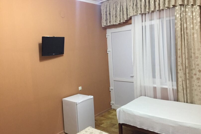 """Гостевой дом """"Эрика"""", Клубный переулок, 3А на 18 комнат - Фотография 38"""