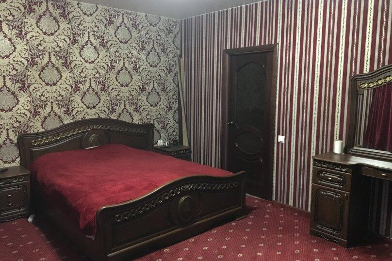 Отдельный дом территория огороженная, 100 кв.м. на 6 человек, 3 спальни, Международная улица, 49, Ейск - Фотография 7
