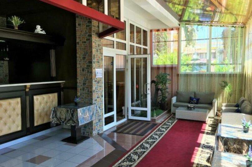 """Отель """"Elegant"""", улица Богдана Хмельницкого, 52А на 23 номера - Фотография 2"""