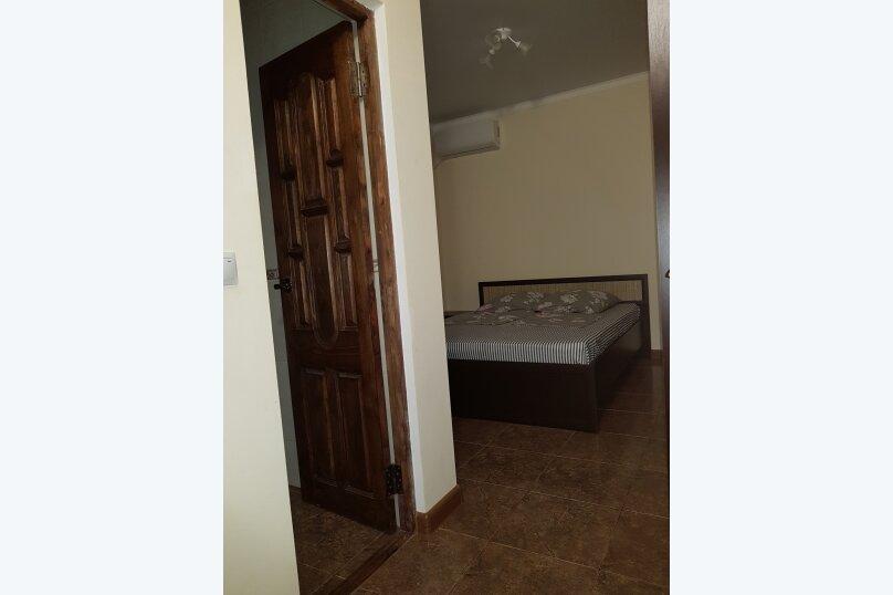 """Гостевой дом """"На Званба 34"""", улица Званба, 34 на 4 комнаты - Фотография 5"""