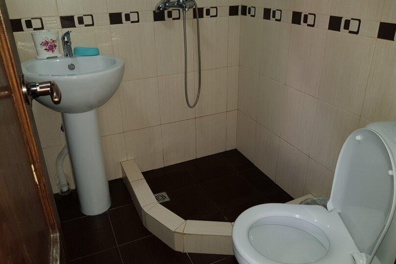 """Гостевой дом """"На Званба 34"""", улица Званба, 34 на 4 комнаты - Фотография 7"""