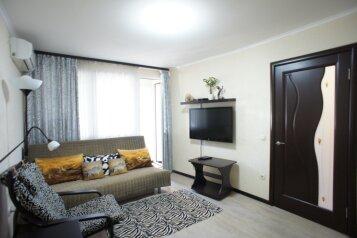 1-комн. квартира, 30 кв.м. на 3 человека, улица Лазарева, 56, Лазаревское - Фотография 1