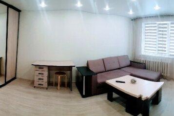 1-комн. квартира, 32.2 кв.м. на 4 человека, улица Нурсултана Назарбаева, Казань - Фотография 2