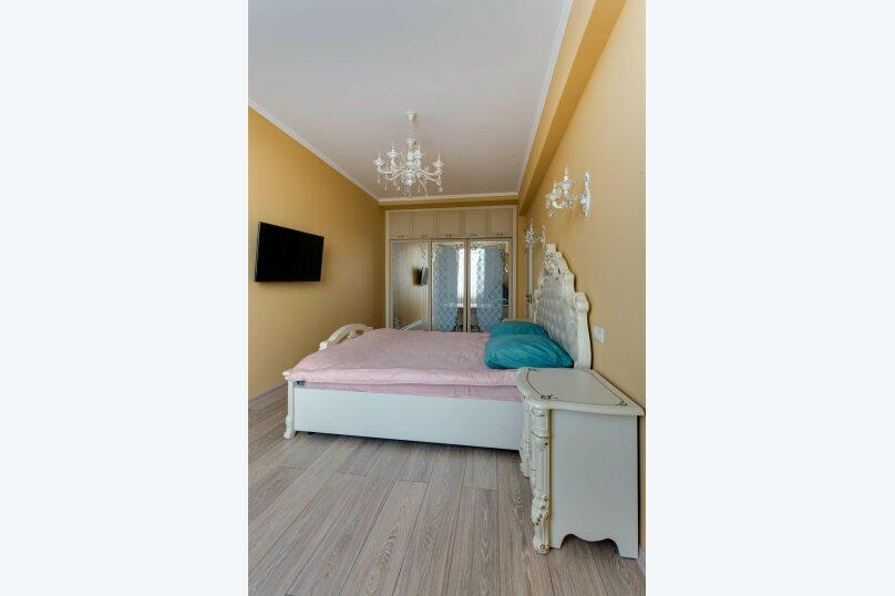 2-комн. квартира, 72 кв.м. на 5 человек, улица Полупанова, 27Д, Евпатория - Фотография 1