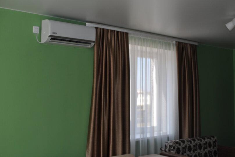 большая комната-студия первый этаж, СТ Риф-2, ул. Людмиды Бобковой, 74а, Севастополь - Фотография 5