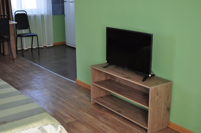 большая комната-студия первый этаж, СТ Риф-2, ул. Людмиды Бобковой, 74а, Севастополь - Фотография 6
