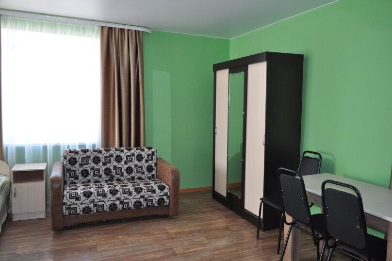 большая комната-студия первый этаж, СТ Риф-2, ул. Людмиды Бобковой, 74а, Севастополь - Фотография 8