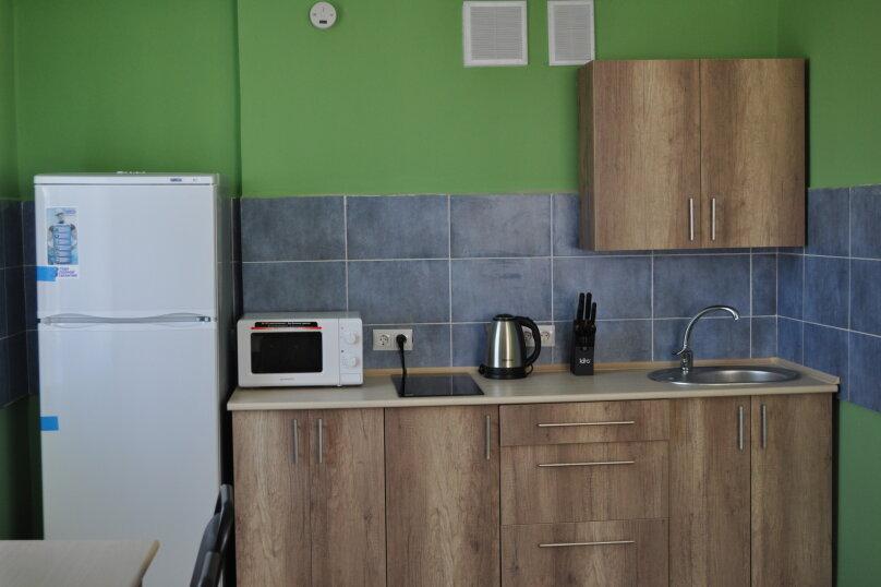 большая комната-студия первый этаж, СТ Риф-2, ул. Людмиды Бобковой, 74а, Севастополь - Фотография 9