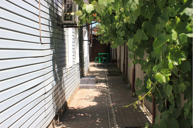 Комфортабельный часть дома под ключ около моря, 45 кв.м. на 5 человек, 2 спальни, Краснофлотская улица, 103, Ейск - Фотография 10