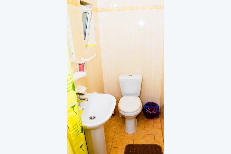 """Гостевой дом """"На Школьном переулке 22"""", Школьный переулок, 22 на 10 комнат - Фотография 36"""