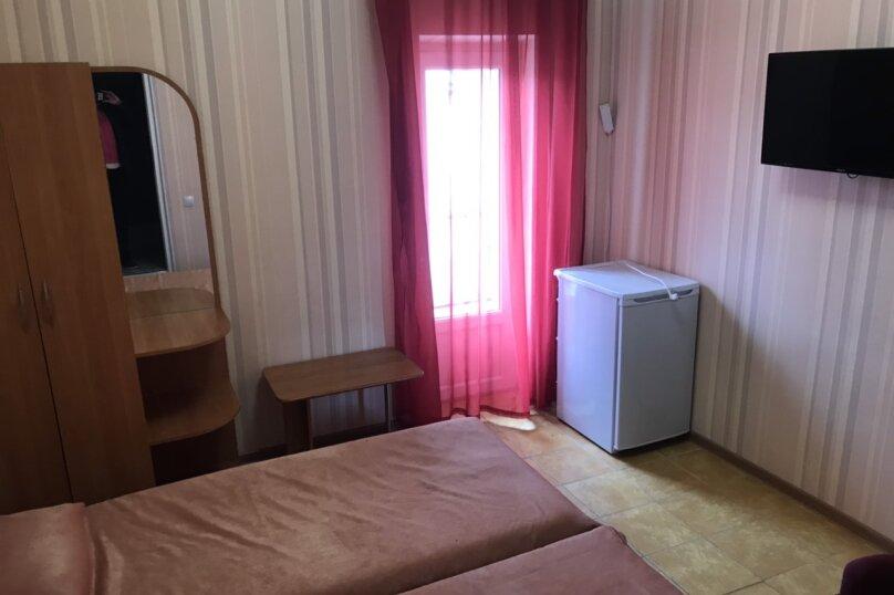 Стандарт с двумя кроватями, Звездная , 1А, Симеиз - Фотография 1