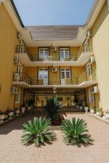 Мини-отель, улица Чкалова, 61 на 20 номеров - Фотография 3