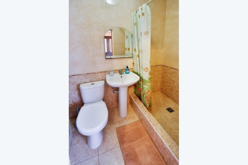 """Гостевой дом """"На Ялтинской 2"""", Ялтинская улица, 2 на 12 комнат - Фотография 36"""