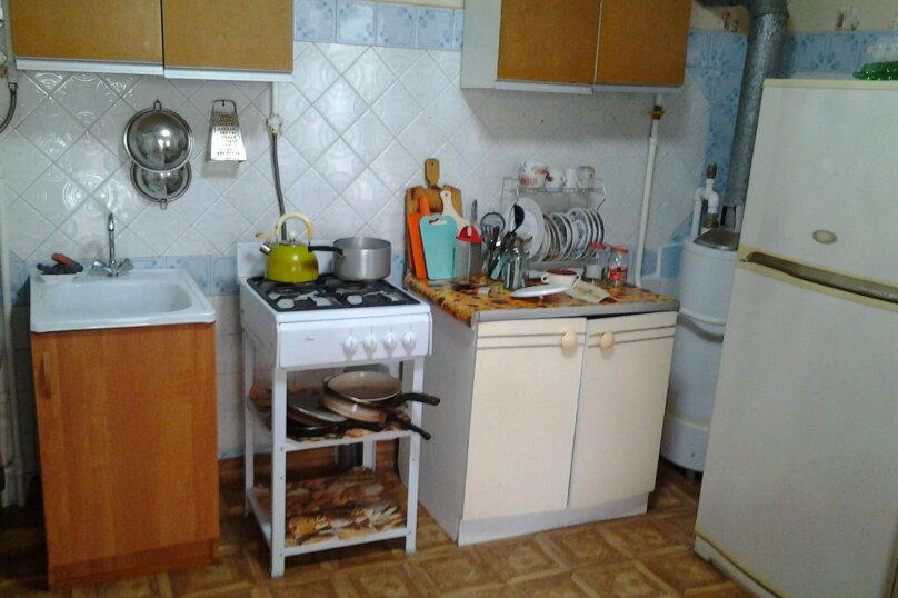 """Гостевой дом """"На Строительной 18"""", Строительная улица, 18 на 5 комнат - Фотография 13"""