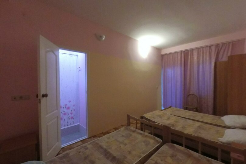 четырех местный 1-й этаж, улица Майора Витязя, 24, Витязево - Фотография 4