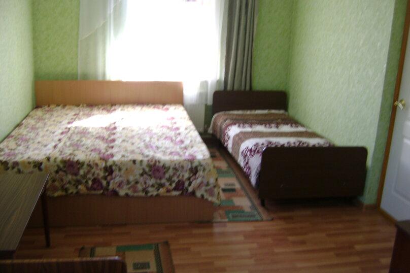 4-х местный номер, улица Осипенко, 27, Ейск - Фотография 1