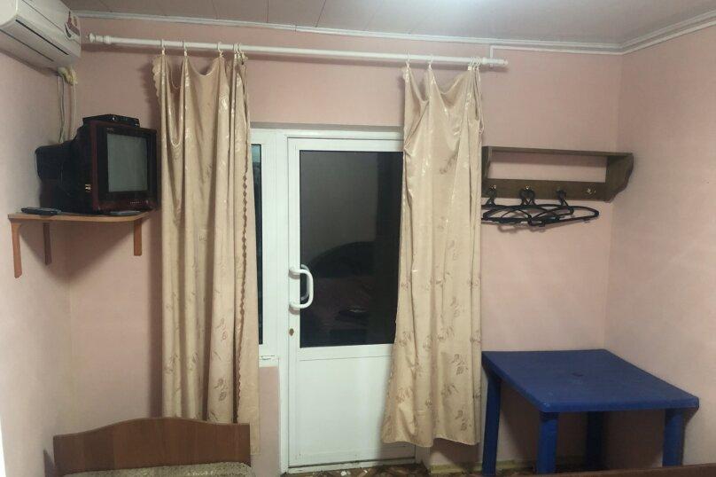 Трёхместный номер без кондиционера, Советская улица, 40А, Николаевка, Крым - Фотография 7