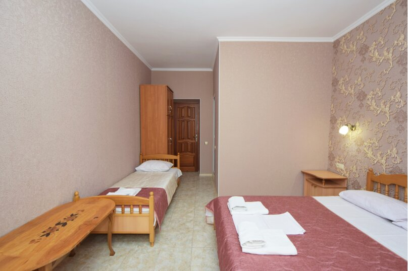 "Гостиница ""Натела"", Приветливая улица, 23 на 10 комнат - Фотография 7"