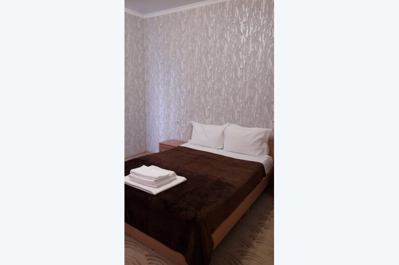 Гостиница 930143, улица Леселидзе, 17 на 5 комнат - Фотография 6