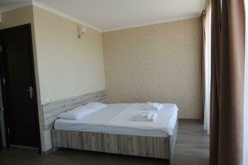 Двухместный номер Делюкс с 1 кроватью и балконом , улица Гуриели, 24А, Батуми - Фотография 2