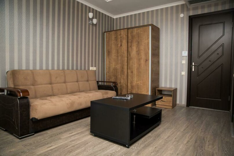 Двухместный номер Делюкс с 1 кроватью и балконом , улица Гуриели, 24А, Батуми - Фотография 8