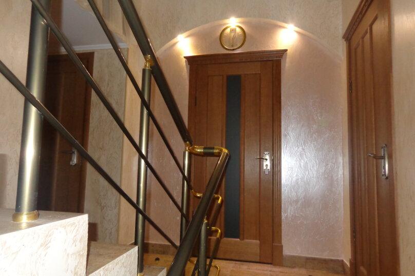"""Гостевой дом """"Ред Руф"""", улица Ленина, 31В на 14 комнат - Фотография 8"""