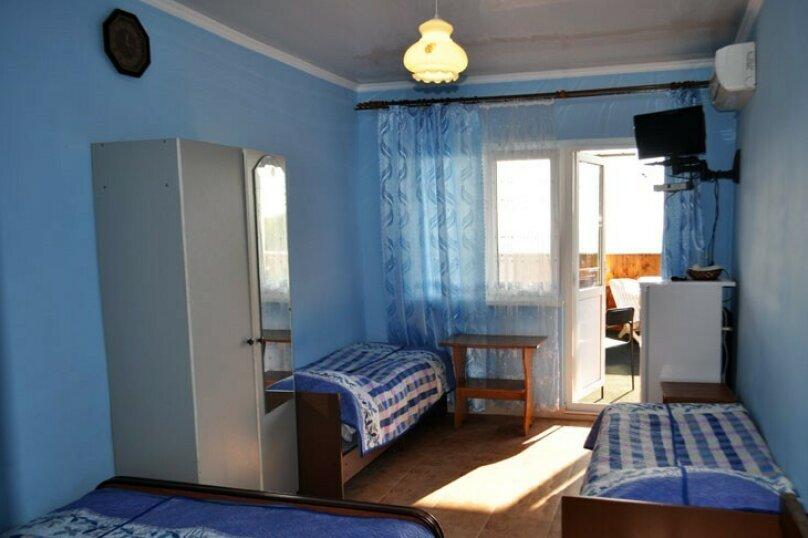 """Гостевой дом """"У Роберта"""", Весенняя улица, 26 на 10 комнат - Фотография 38"""