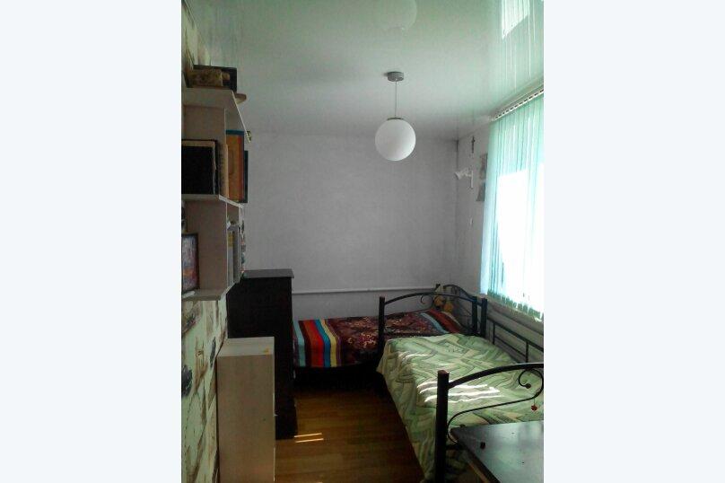 Дом 2 спальни второй этаж отдельный вход, 70 кв.м. на 6 человек, 2 спальни, улица Пуцатова, 10, Алушта - Фотография 7