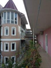 """Гостевой дом """"Камилла"""", Юго-западная, 45 на 15 комнат - Фотография 1"""