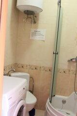 1-комн. квартира, 35 кв.м. на 5 человек, улица Розы Люксембург, 18, Алупка - Фотография 2