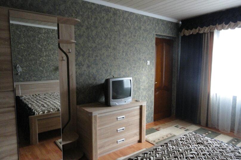 Отдельно стоящее здание 2 этаж Двухкомнатный  номер с кухней. , Ленина, 89, Коктебель - Фотография 6