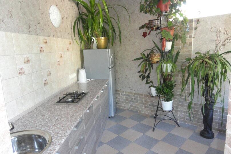 Отдельно стоящее здание  1 этаж двухкомнатный номер с кухней , Ленина, 89, Коктебель - Фотография 8