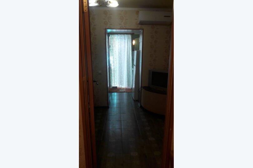 частный сектор 2 х комнатный домик, улица Дружбы, 19, Феодосия - Фотография 2