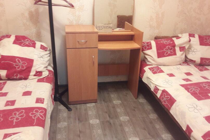 частный сектор 2 х комнатный домик, улица Дружбы, 19, Феодосия - Фотография 5