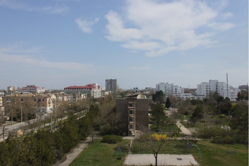 2-комн. квартира, 80 кв.м. на 6 человек, проспект Ленина, 49, Евпатория - Фотография 9