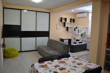 2-комн. квартира, 65 кв.м. на 4 человека, улица 9 Мая, Гурзуф - Фотография 1