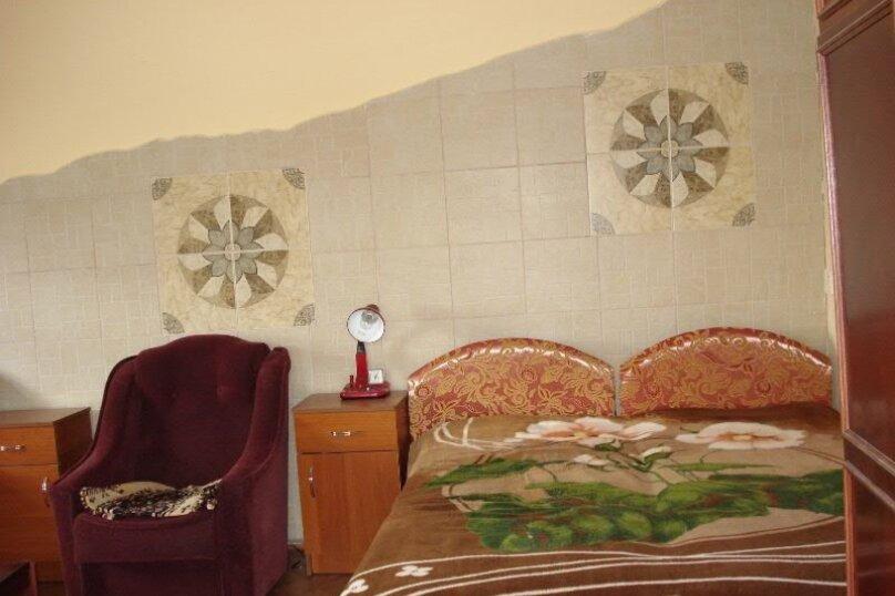 Гостевой дом, улица Айвазовского, 11 на 15 комнат - Фотография 18