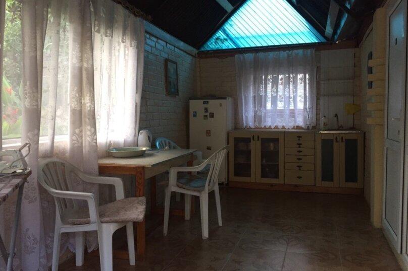 Гостевой дом, улица Айвазовского, 11 на 15 комнат - Фотография 22