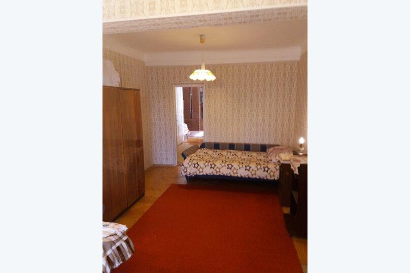 2-комн. квартира, 70 кв.м. на 5 человек, улица Дмитриева, 16, Ялта - Фотография 3