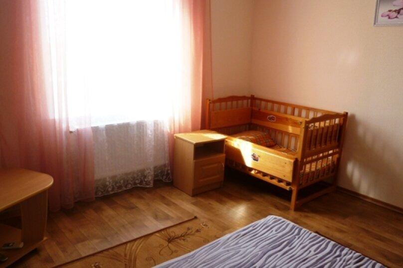 """Гостевой дом """"Лукулл"""", улица Комарова, 121А на 9 комнат - Фотография 33"""
